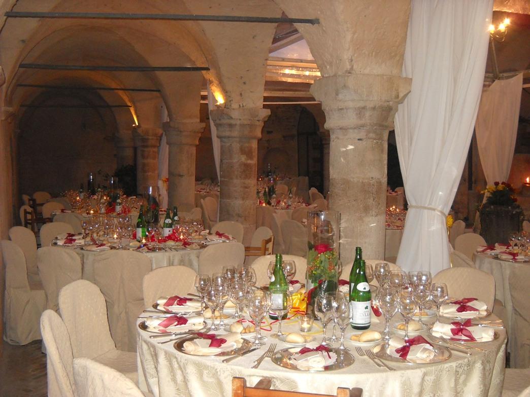 Matrimonio Pietro Romano : Ricevimenti matrimonio abbazia san pietro in valle